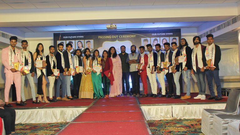 IRIS GLAM POWERED BY NATURALS – 9th Batch PASSING OUT CEREMONY MAKING FUTURE CELEBRITIES STEP INTO THE LIMELIGHT
