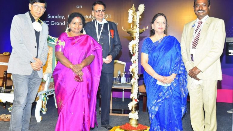 International Conference on New Normal in Retinal Surgery held in Chennai – Smt. Tamilisai Soundararajan, Hon'ble Governor of Telangana and Lt. Governor of Puducherry Inaugurated the one-day conference Over 600 eye surgeons from India and abroad attended the event