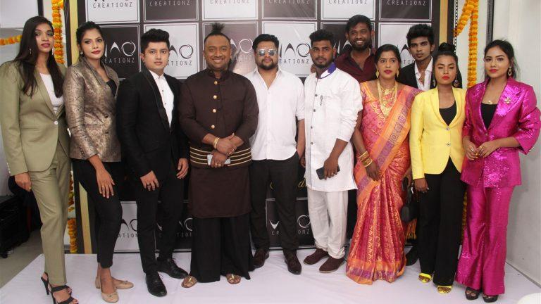 'Vino Creationz Fashion Studio' was launched at Teynampet, Chennai in the presence of John Amalan and Jaya Mahesh